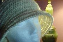 cappello da donna stile anni 20 all'uncinetto tutorial / foto e video-tutorial per realizzare un cappello da donna stile anni 20 all'uncinetto