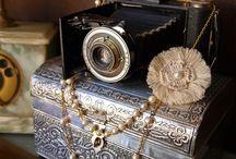 Balinote. Collares. Necklaces. / Collares de perlas cultivadas. Necklaces of cultured pearls.