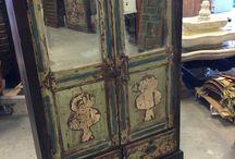 Wardrobes armoires