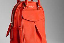 Batohy, kabelky a tašky