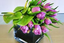 Exotic Pebbles and Glass in Floral Applications / Floral arrangements using Exotic Pebbles & Glass