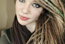Blond dreadlocks / We all love dreadlocks and here I will collect inspirations pictures of diffrent people with blond dreadlocks!