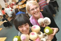 Breastfeeding Crafts / Crafty projects that are breastfeeding friendly!
