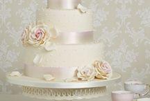 wedding ideas / by Lisa Etie