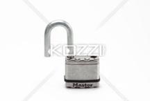 Unlock your phone / www.unlockriver.com