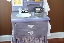 DIY Play Kitchens / by Hilary Koehl Riedemann