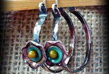 Jewelry - Earrings / by Ella Bouchard