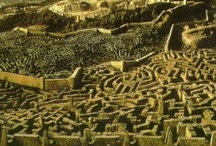 Mazes / Mazes, labyrinths, paths to secret knowledge or delightfully hidden nooks
