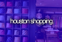 Houston Shopping / Houston is an internationally acclaimed shopping destination that includes deluxe malls, classy European-style shopping centers, eclectic districts in historic neighborhoods and bargain-filled outlet centers.