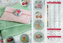 button cross stich