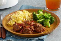 Crock Pot Meals / by Tammy Snow Cornelius