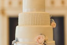Wedding cake inspiration / Here you are able to see wedding cakes from our recommended suppliers list.