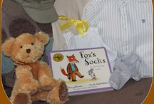 Story Sacks, Boxes and other Story Play / Lovely bags full of fun stuff to do with stories / by Play & Learn Everyday