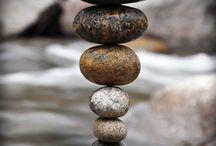 balancovaní kamenů