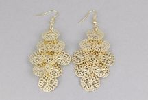 Chandelier Earring Designs / Chandelier earrings are popular in the market for their mind blowing designs that can make the young ladies more gorgeous in a special occasion. Explore handpicked the best chandelier earring designs that can be used with all kind of attire and for all occasions.