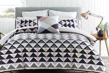Franklin Master Bed