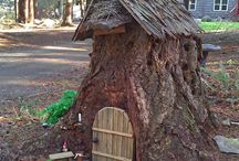 Fairy doors, houses and gardens / Inspiration for making a fairy house in the woods