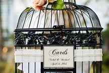 Unique Wedding Trends: Decorating With Birdcages