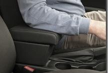 OPEL / VAUXHALL Astra, Corsa, Agila, Zafira and ....... / armrests and floor mats for Opel / Vauxhall Astra, Corsa, Agila, Meriva, Zafira. High quality design, made in Italy. mittelarmlehnen, braccioli, accoudoir, reposabrazos