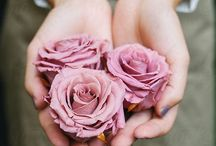 Flowers In My Hands / Delicate Flowers