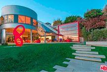 Malibu California Homes / Visit Malibu California homes at Malibu Living, providing local and real estate listing information regarding Malibu homes, beaches & Malibu properties.