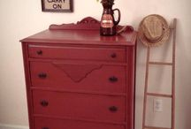 Chalk Paint® Primer Red