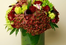 Flowers for Our Debonnaire Gentleman / Find the best arrangements for that special man in your life.
