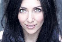 Julia O'Hannessian / Julia O'Hannessian