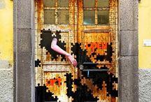 Portas aperire oportet fieri / Doors Should Be Open