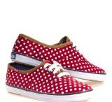 Women's Canvas Shoes / Relax, lounge, be youthful in a variety of canvas comfort shoes #trendycanvasshoes