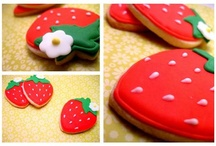 cute cookies / by Sweet Anna's