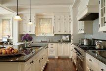 Must. have. white. kitchen!