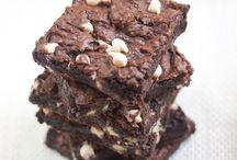 vegan/healthy desserts / by Mary Hamilton