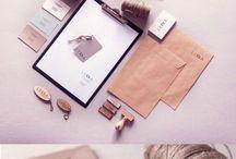 Showcase/ Identity/ book / Branding and identyty. Lasercut design, key rings, lables, bussines cards Identyfikacja wizualna. Breloczki. Metki cięte laserem. Wizytówki i  pieczątki