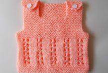 Knitting Patterns For Baby Girls / Knitting Patterns For Baby Girls such as baby blanket knitting patterns, baby cardigan knitting patterns and baby hats.