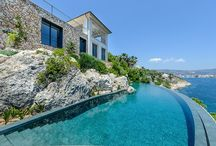 Neighbourhood Guide - Cala Vinyas & Sol de Mallorca, Calvia region, Mallorca, Spain / These two neighbouring residential areas provide a magnificent opportunity to reside in a peaceful setting within an easy reach of some of the island's finest beaches and calas.