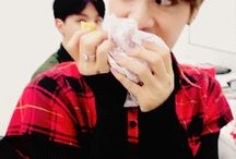 BTS ♥ / ↪Second Ultimate Group♥. ↪Bias Jungkook and Jin .♥♥