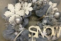 Christmas/Winter Wreaths!!! / by Samantha Herzick