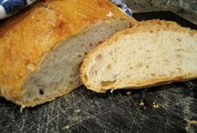 Breads and Yeast / by Janet Salonen