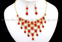 Womens Fashion Necklace Sets / crystal and beaded necklace sets in beautiful designs.