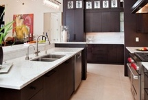 Kitchens / by Ami Oh