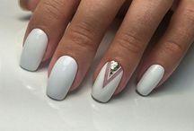 Όμορφα νύχια