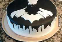Batman cakes, cupcakes and cookies