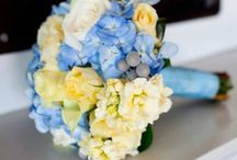 Flower Power / Center piece and bridal flowers.  Ideas for the wedding   / by Bethany Moore