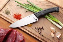 """Кухонные ножи / Сложно представить себе кухню, которая сможет обойтись без ножей! В широком разнообразии кухонных ножей стоит выбирать те модели, которые будут применяться по назначению. А вот отдавать предпочтение керамике или стали, это уже дело личного вкуса. Хороший нож для кухни станет """"продолжением руки"""" повара!"""