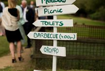 Signs / Notice boards / we all need a little direction on a wedding day & love a sign so we know our place.  / by Rock My Wedding