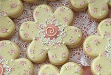 icing royal cookies