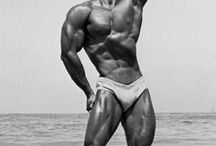 Bodybuilding all natural / by Marcus Williams
