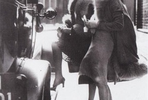 1920's Street Style / 1920's street photography showing the fashion trends throughout the decade.