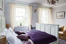 The Irish Country Suite. / Country Chic with a large king sized bed and two single bunk beds, perfect for families.